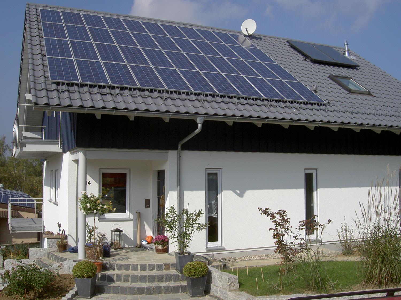 Solaranlage in Lichtenwald (2007), Wohnhaus